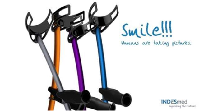 color forearm crutch
