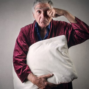 Insomnio en el Alzhéimer. Algunos Trucos para Combatirlo[:en]8 Ways to Promote Sleep for Alzheimer's Patients